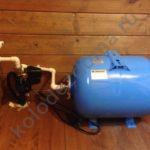 небольшая насосная станция для автоматического забора воды из колодца