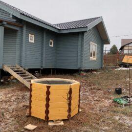 копка колодца - так выглядит надколодезный домик перед монтажом