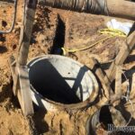 монтаж колец в шахту колодца лебедкой