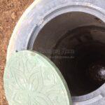 верхняя крышка с люком от бетонного септика